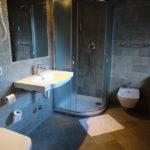 Apartment Maya - En Suite Bathroom